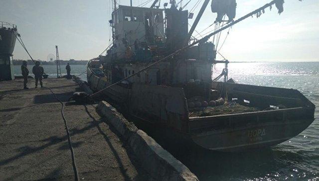 """Команда крымского """"Норда"""" заявила, что не покинет корабль без капитана"""