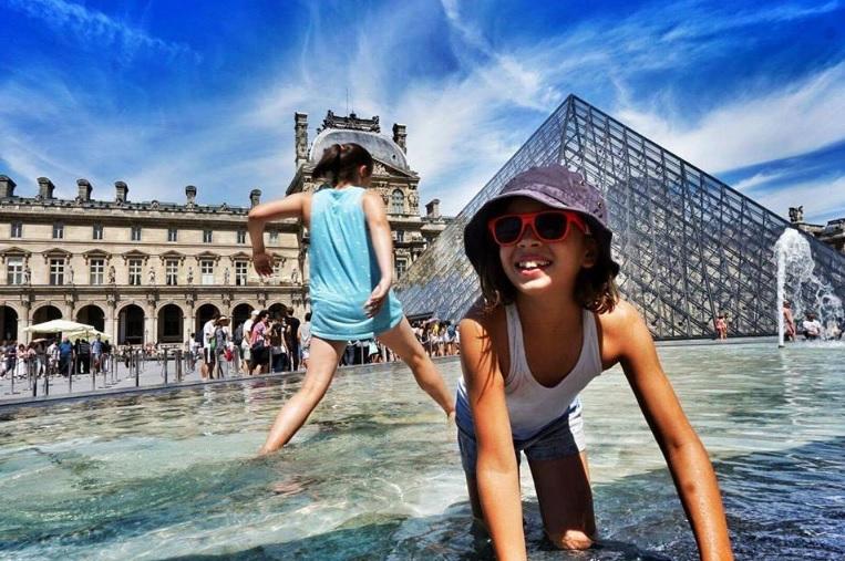 Из-за жары во Франции закрываются школы