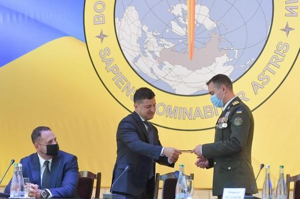 Зеленский представил нового начальника Главного управления разведки