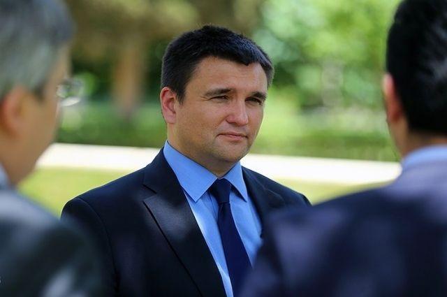Офис президента Украины банально попался в ловушку, – Климкин о брифинге...