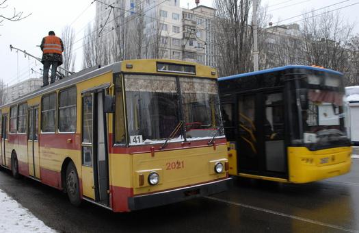 У киевских водителей и кондукторов появится униформа