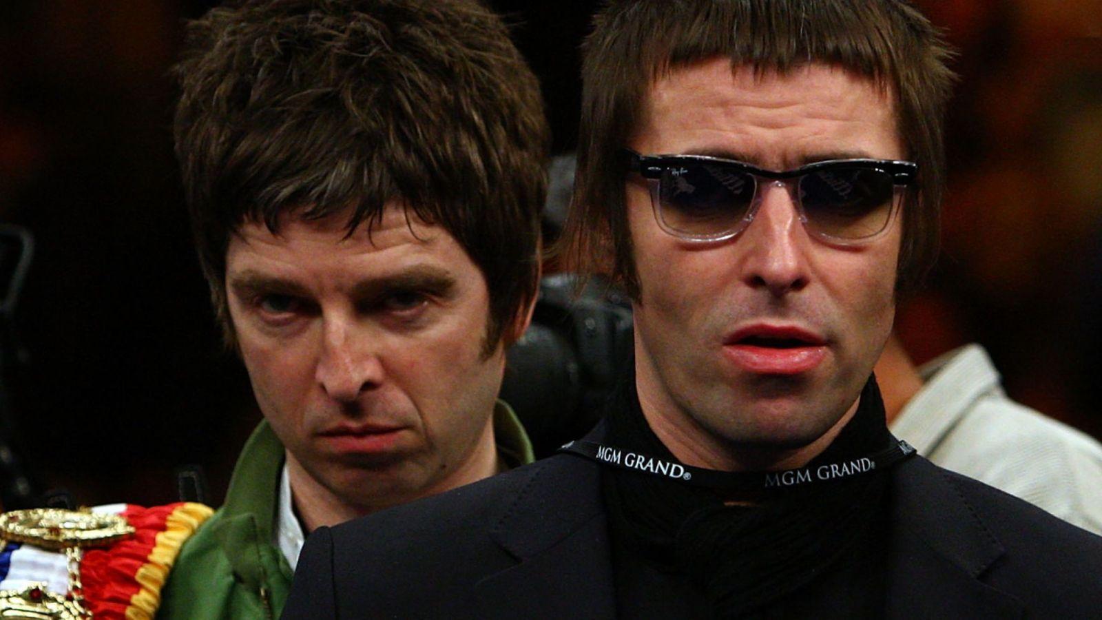 Годы вражды позади: братья Галлахеры могут снова возродить группу Oasis...