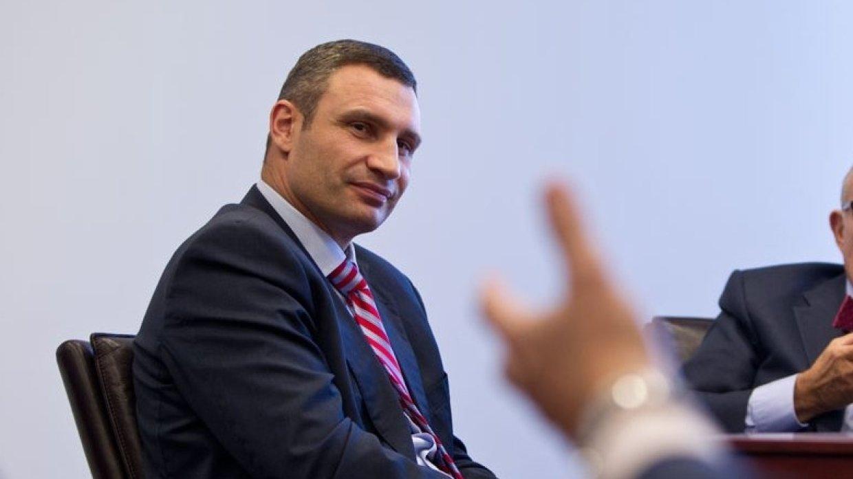 Два стула и один Кличко. Почему команда Зеленского хочет уволить мэра Ки...
