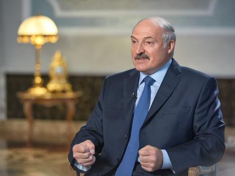 Окружение Лукашенко контактировало с Кремлем о возможности его бегства,...