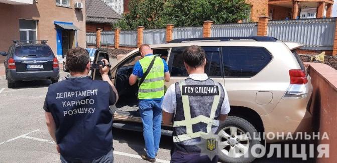 Полиция задержала банду, которая в Киеве и области угоняла премиальные T...
