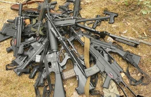 Жители Швейцарии - против запрета на экспорт оружия