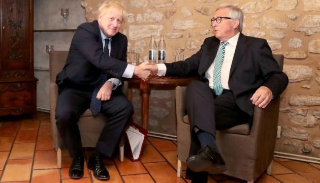 Джонсон Юнкеру: Британия выйдет из ЕС в запланированный день