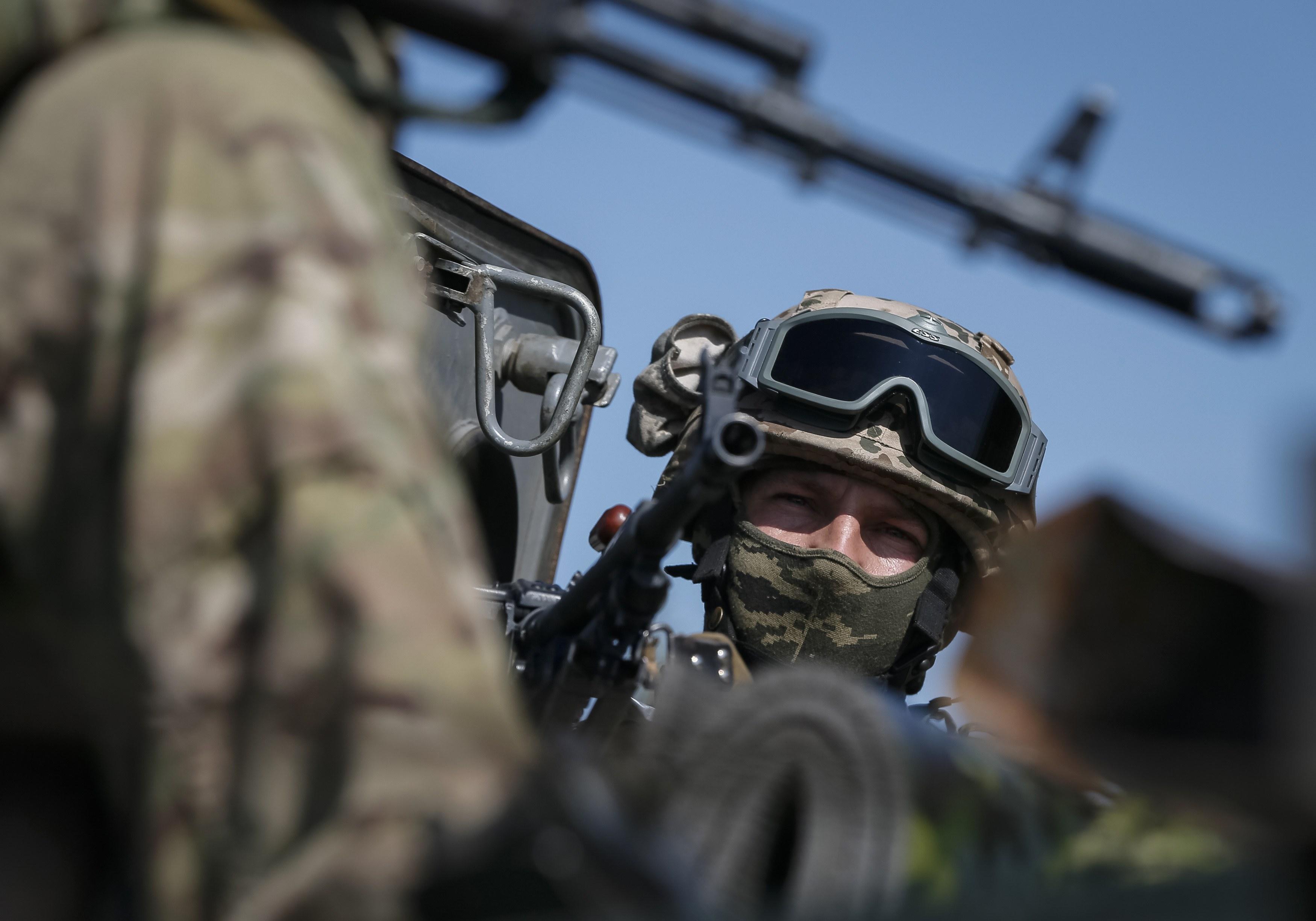 Террористы обстреляли Дебальцево 14 раз, - штаб АТО