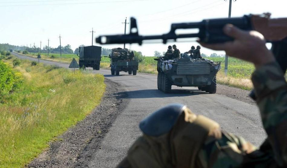 Замсекретаря СНБО не понимает, почему в 2014-м боевики целыми вышли из С...