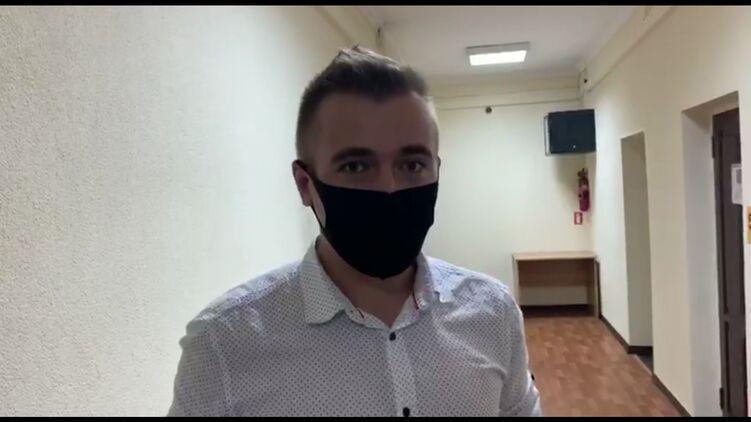 """Помощник нардепа от """"Слуги народа"""" считает себя невиновным по делу о взя..."""