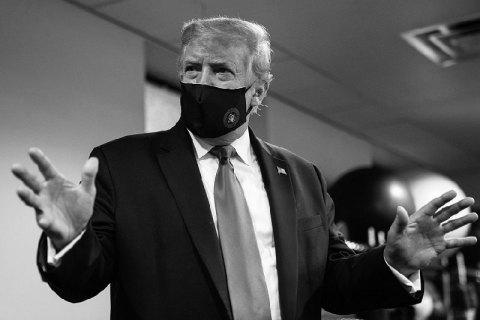 Заболевший коронавирусом Трамп покинул больницу