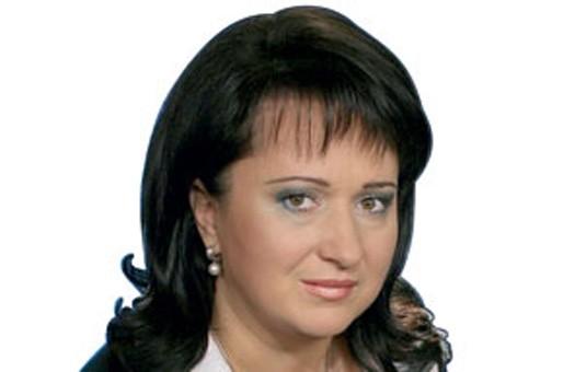Кандидат в президенты Супрун живет в малометражке, но ездит на Мерседесе