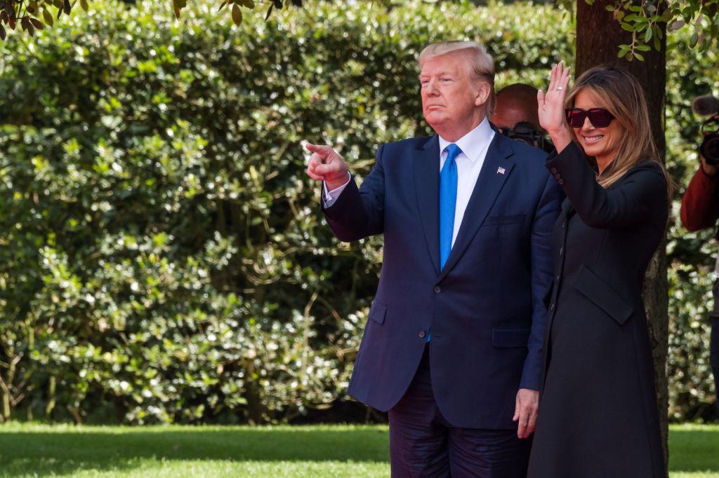 Дональд и Мелания Трамп встретились с Эммануэлем и Брижит Макрон в Норма...