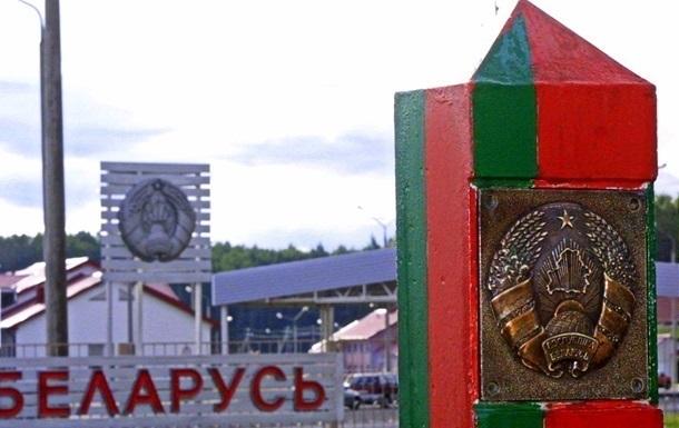 С сентября украинцам нужен будет загранпаспорт для поездок в Беларусь