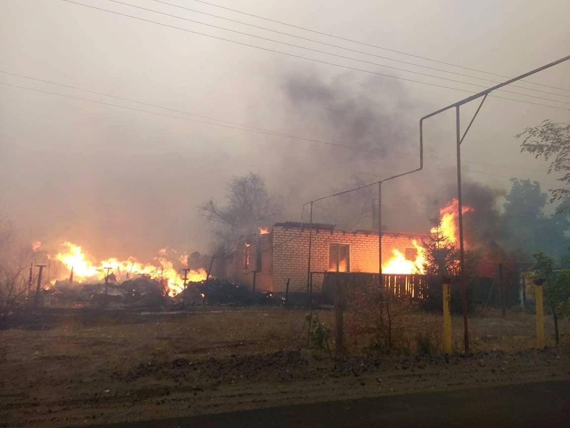 Пожары в Луганской области: за полностью утраченное жилье выплатят 300 т...