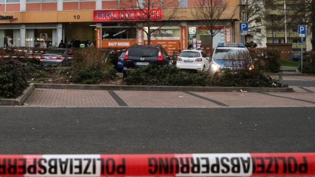 Стрельба в Германии: нападения на кальянные бары совершил ультраправый э...