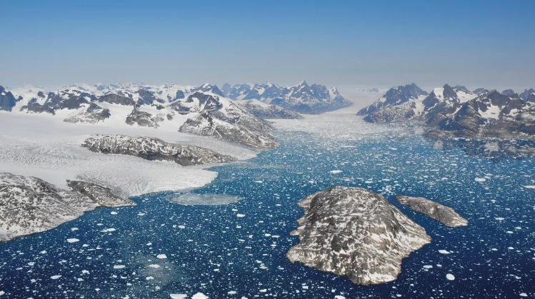 Землю ждут масштабные наводнения. За 27 лет Гренландия потеряла 3,8 трил...