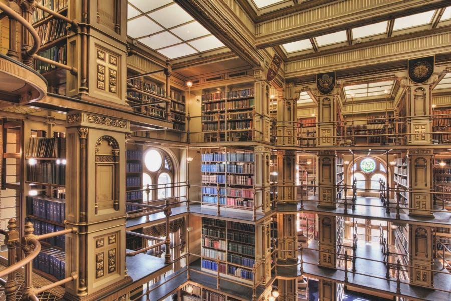 В 2019 году американцы  посещали  библиотеки вдвое чаще, чем кинотеатры