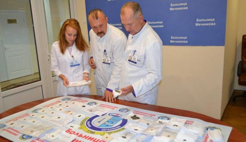 В Днипре открылась выставка пуль и осколков, извлеченных из тел раненых...