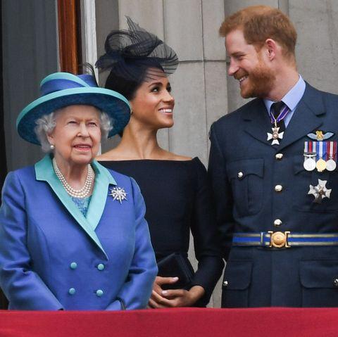 Меган Маркл и принц Гарри возмущены решением королевы
