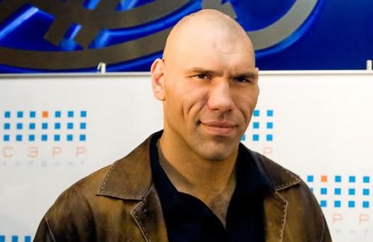 Валуев рассчитывает вернуться в ринг в 2012 году