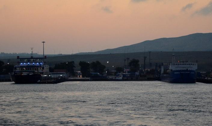 """""""Заказов больше нет"""": Керченская паромная переправа прекратила работу"""
