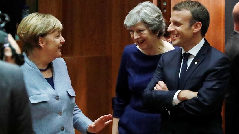 Меркель и Макрон заявили, что Великобритания может отсрочить Brexit