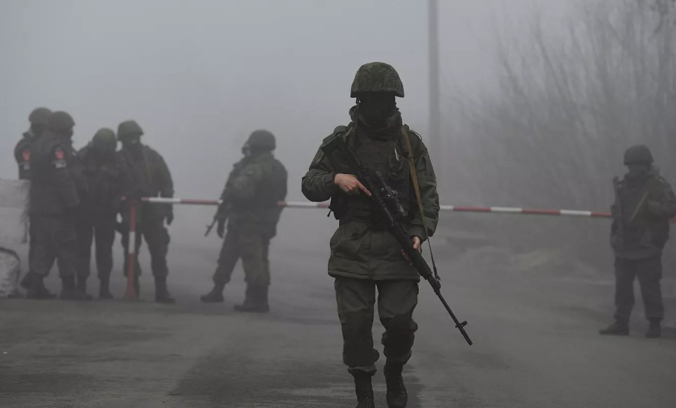 """СБУ вывела из """"ДНР"""" бывшего боевика, который дал показания о роли РФ в в..."""
