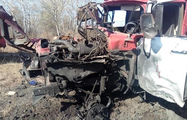 На Донбассе подорвалась на взрывном устройстве пожарная машина: трое пос...
