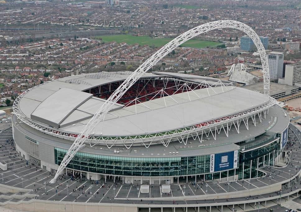 Матчи чемпионата Англии по футболу могут доиграть на одном стадионе
