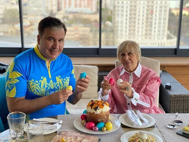 Мать Михаила Саакашвили пойдет на выборы в Грузии