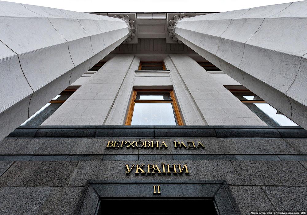"""""""Некоторые самолеты"""" могут ввозиться в Украину все так же беспошлинно"""