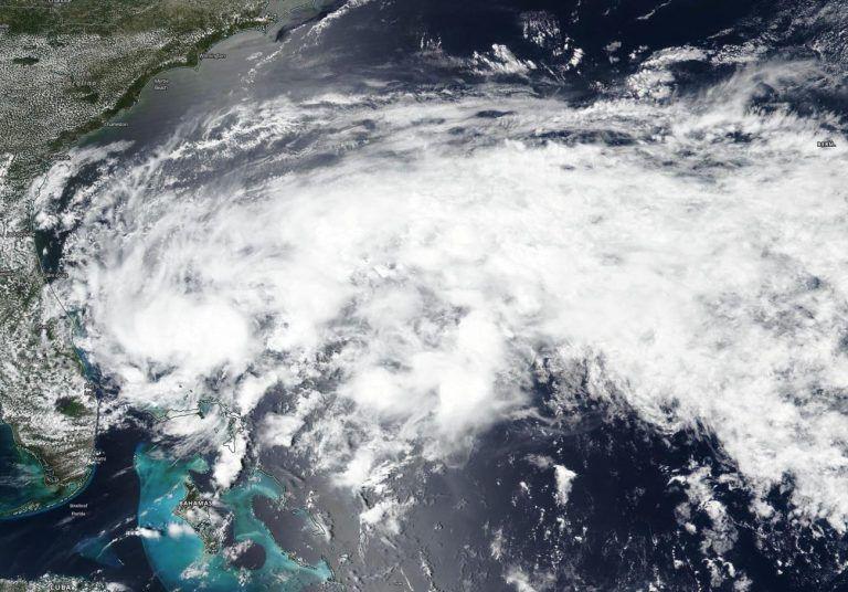 С 1979 года сила ураганов на Земле выросла на 36%, — ученые