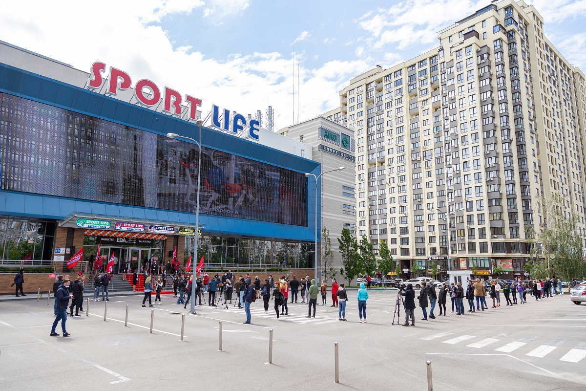 Украинцы массово пошли в Sport Life!