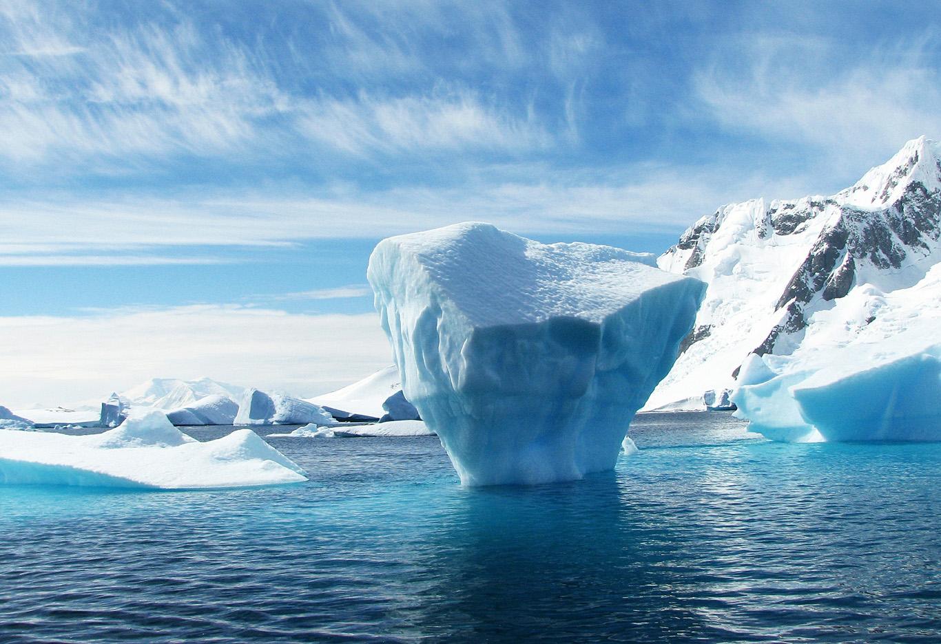 Самый быстро тающий ледник Антарктиды подогревается вулканическим теплом...