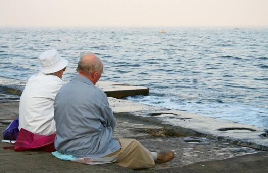 Пенсионерам с большим стажем пересчитают выплаты
