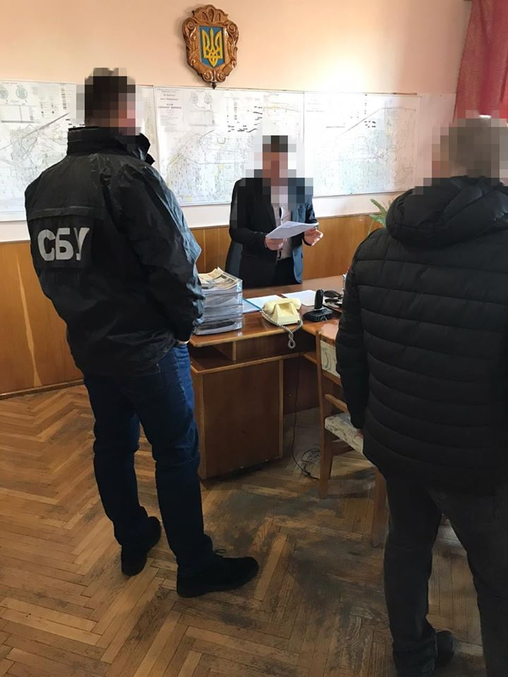 На махинациях с зарплатами горняков на Львовщине ежемесячно похищали 1 м...