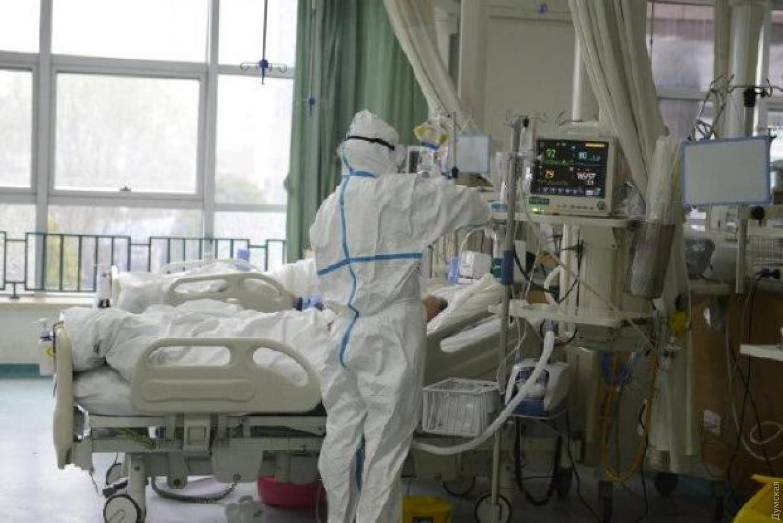 Каждые 15 секунд в мире умирает один человек от коронавируса, – Reuters