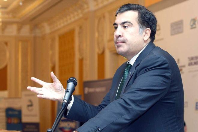 Саакашвили временно прекратил митинги, - СМИ