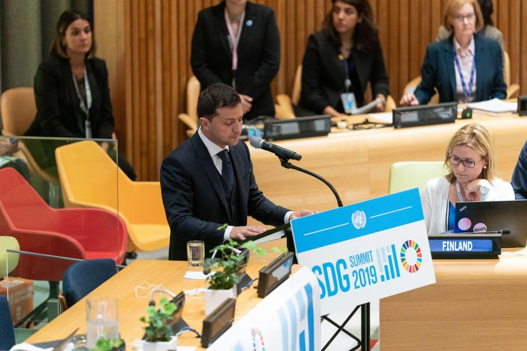 Зеленский в ООН: развитие невозможно под звуки выстрелов