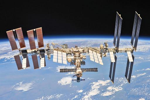 Россияне на МКС остались без удобств, пользуются американским туалетом