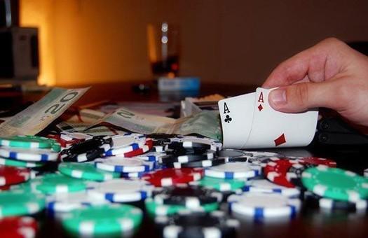 Житель Тбилиси выиграл в покер 1,5 млн. долл