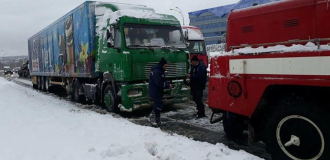 В Киеве вновь запретят въезд фурам в город