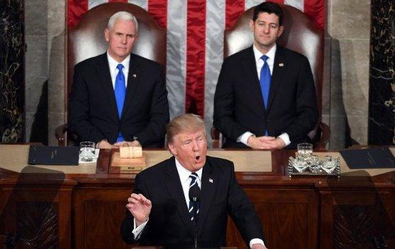 """""""Увидимся 3 ноября"""". Конгресс США выступил против переноса президентских..."""