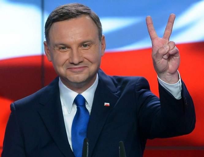 Дуда пригласил украинского президента-электа в Польшу