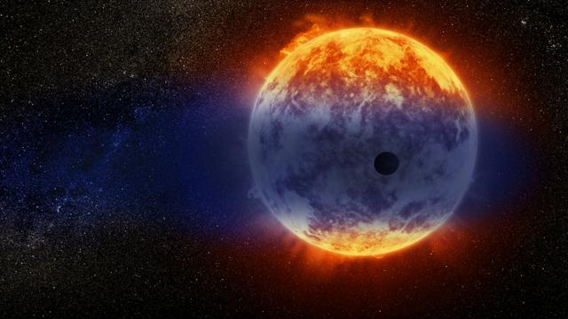 """Телескоп Hubble открыл новую экзопланету. Она стремительно """"тает"""""""