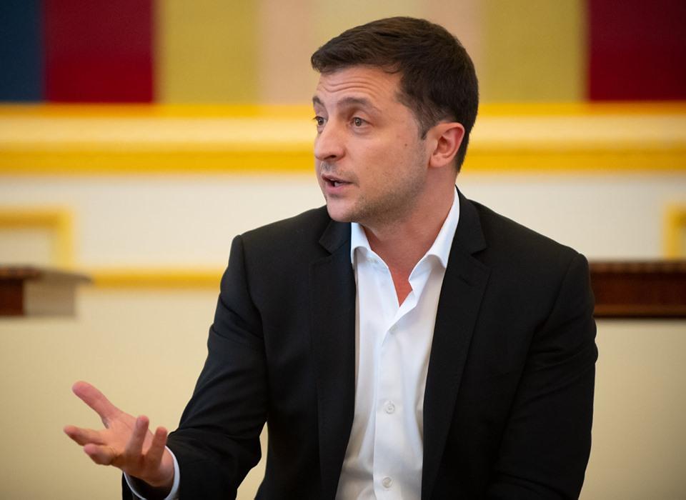 Зеленский проведет в Мариуполе инвестиционный форум