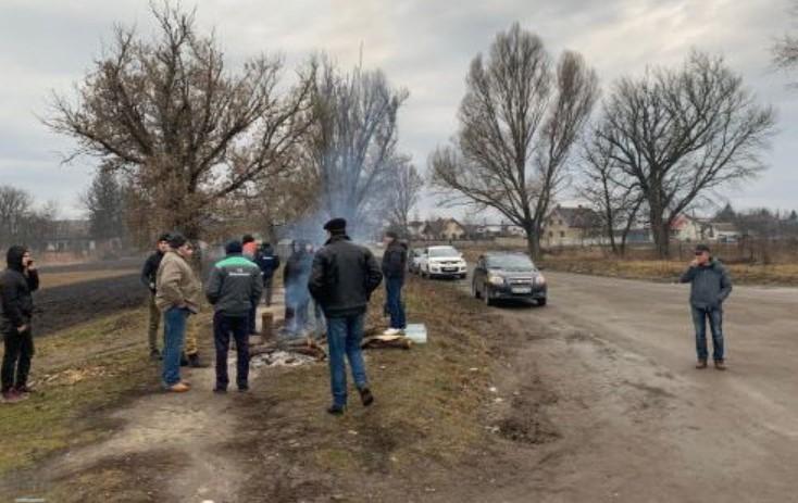 На Тернопольщине протестуют против приезда украинцев из Китая: предлагаю...
