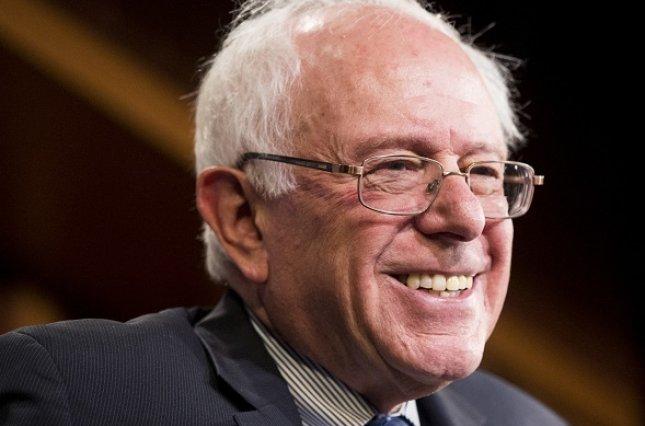 Сенатор Сандерс лидирует в рейтингах демократов перед праймериз