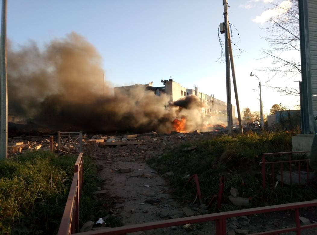 Взрыв под Петербургом на пиротехническом заводе: два человека погибли